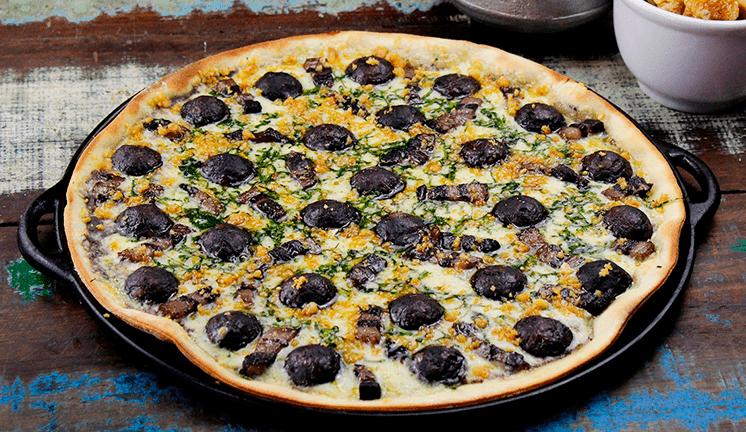 pizza de feijoada