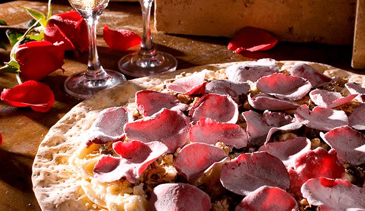 pizza de pétalas de rosas