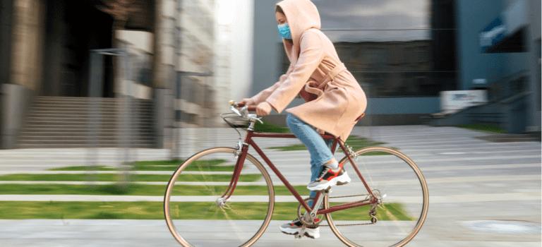 Bicicleta: um transporte seguro, saudável, econômico e sustentável.
