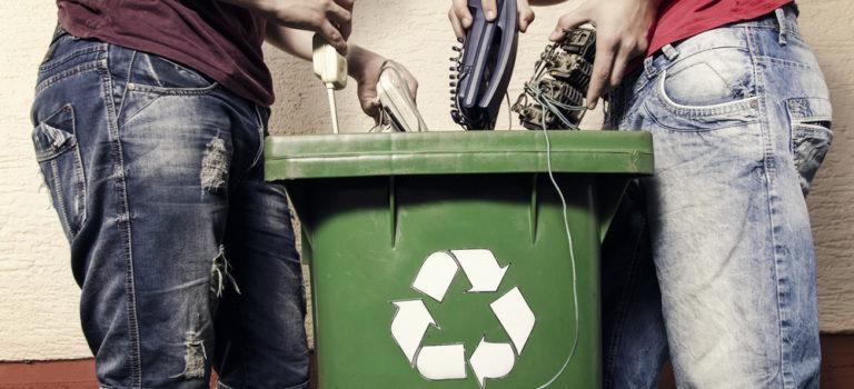 Confira como fazer o descarte do lixo eletrônico corretamente!