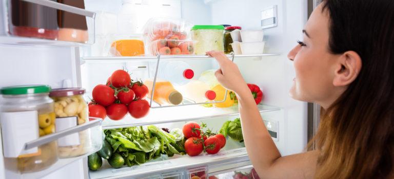 Mitos e verdades sobre a sua geladeira