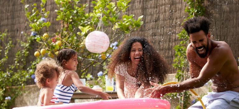 Como se divertir no verão sem sair de casa?