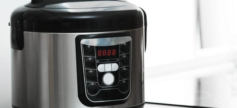 7 razões que provam: sua cozinha não será mais a mesma com uma panela de pressão elétrica!